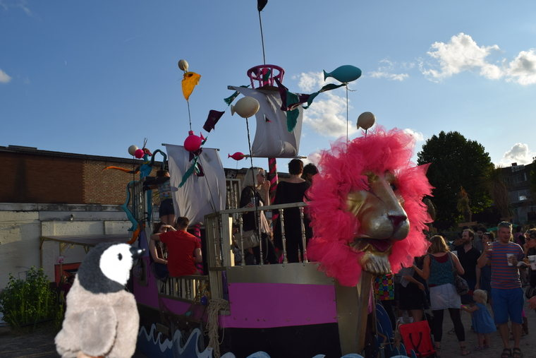 Hackney Wick - art car