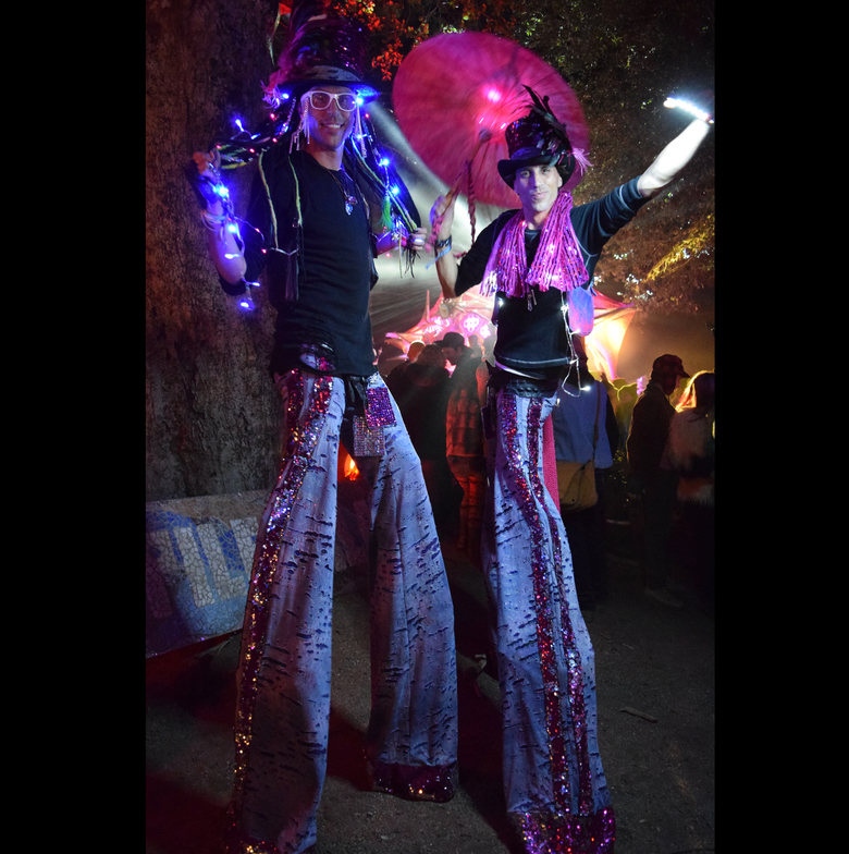 Desert Hearts stiltwalkers